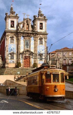 Il tram a Praça da Batalha