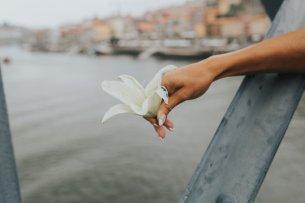 Il lancio del fiore